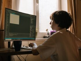 How to Get a Kid to Learn to Code