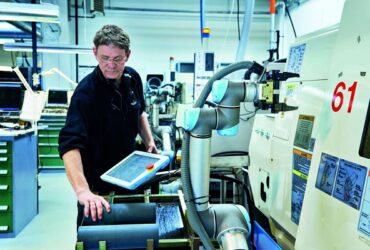 Manufacturing with Robots